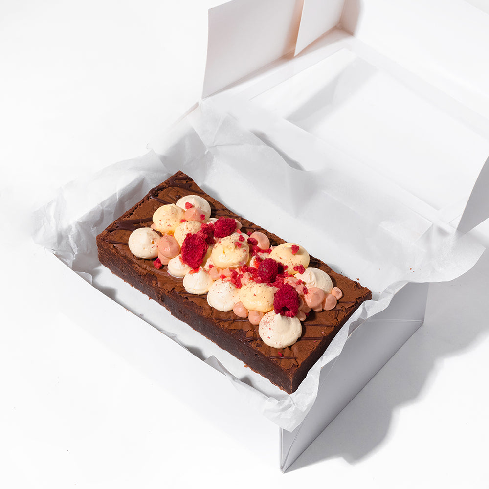 BERRIES 'N' CREAM BROWNIE