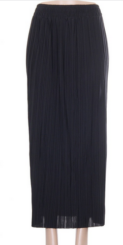 Pleated Long Skirt- Black