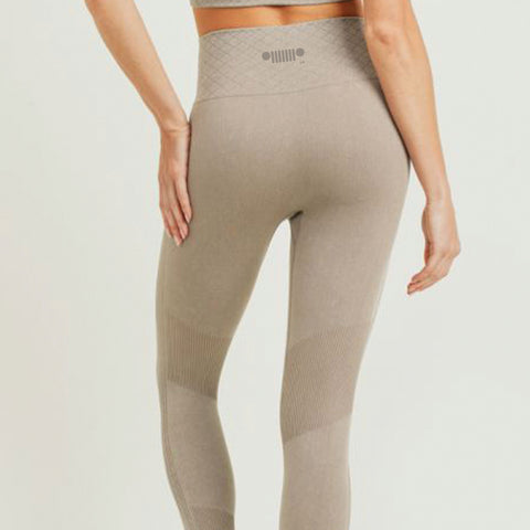 Nude Highwaisted Leggings