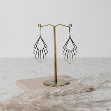 Load image into Gallery viewer, Flossie Earrings