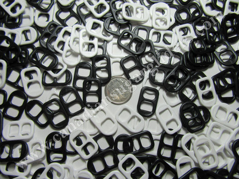 Charms Pop Tabs Black and White 100 count - Canadian Sugar Gliders