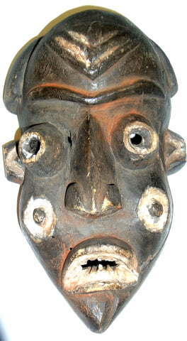 OLD MASK FROM CONGO