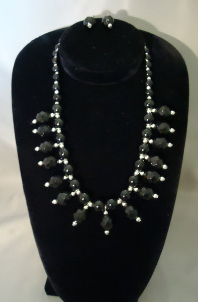Elegant Black And Silver Jewelry Set