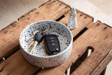 Load image into Gallery viewer, Ring Holder - NieNie Ceramica