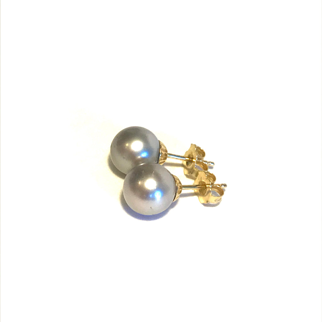 Light Grey Tahitian Pearl Stud Earrings in 14K Yellow Gold