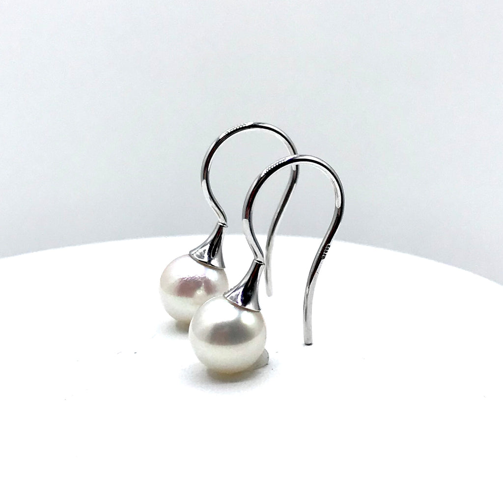 White Pearl in White Gold Earrings