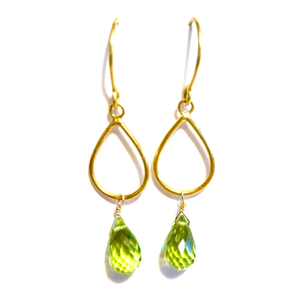 18 Karat Teardrop Earrings with Peridot Briolettes