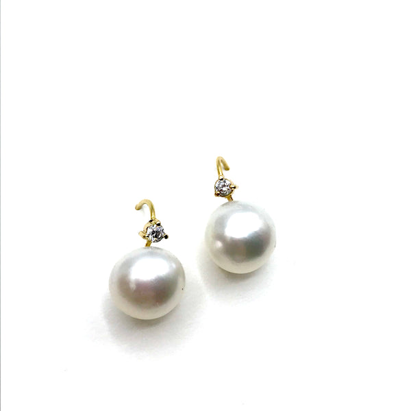 Diamond and Pearl Earrings in 14K Yellow Gold