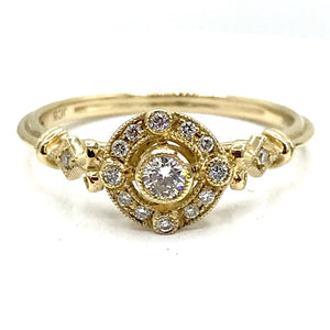 Regal Diamond Ring