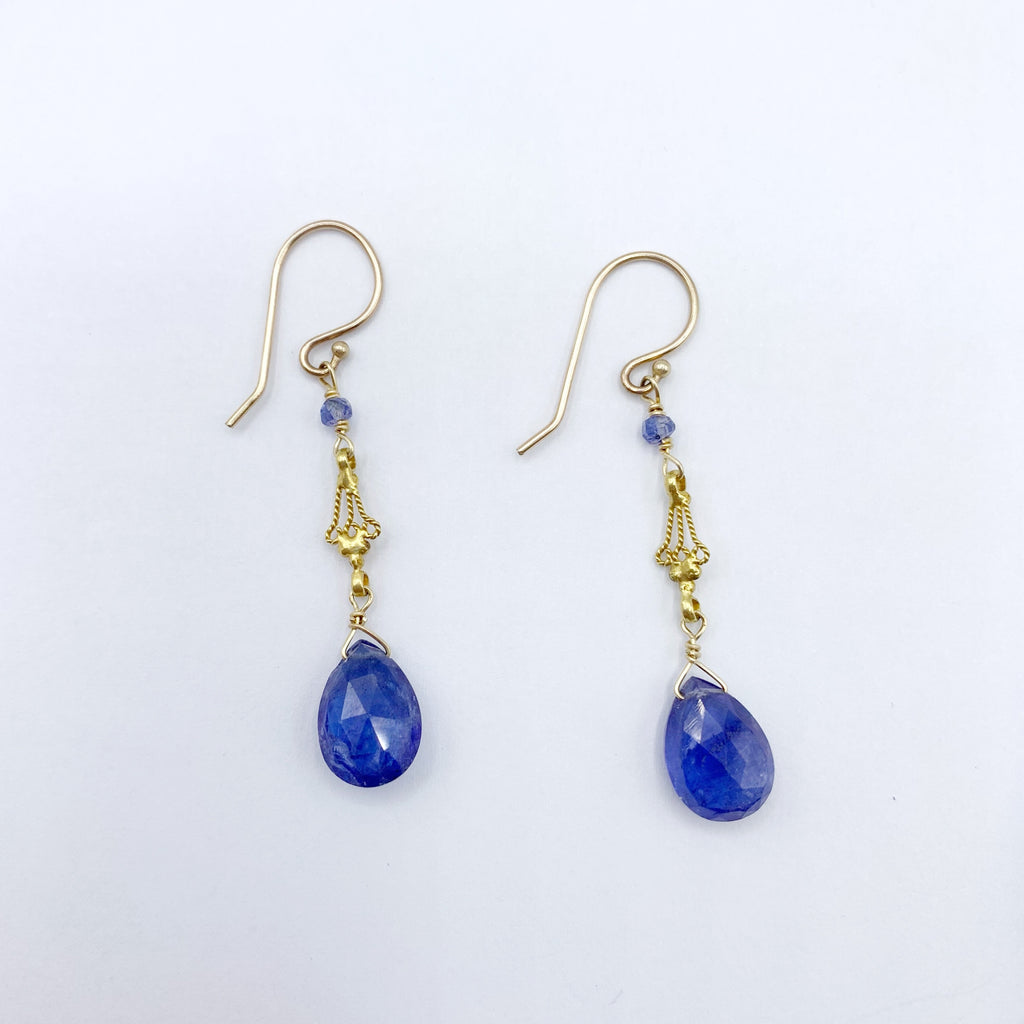 18 Karat Yellow Gold Tanzanite Drop Earrings