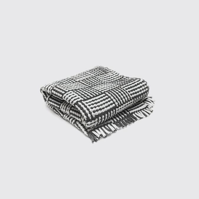 UM - Cotton Mat - Black & White