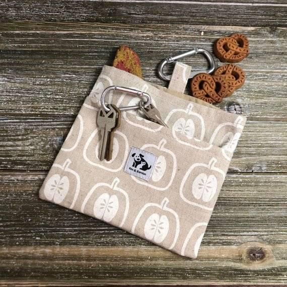 Dog Treat Bag - Apple Linen