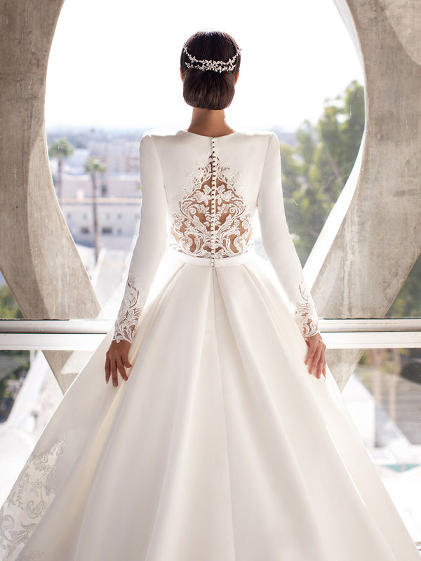 8 Tips for Plus Size Wedding Dress Shopping
