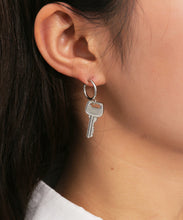 Load image into Gallery viewer, Silver Key To Your Heart Ear Ring Set
