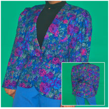 Load image into Gallery viewer, Vintage Floral Blazer