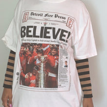 Load image into Gallery viewer, Vintage Detroit Free Press T-shirt