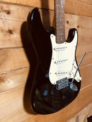 Synsonics Pro Series Black Strat Style Electric Guitar w/ New Padded Gig Bag