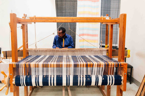 Handwoven rug machine
