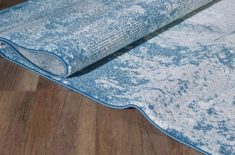 A sample of how to choose an abstract rug for hardwood floors