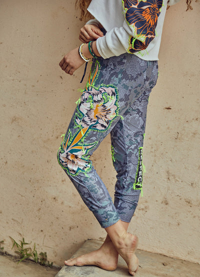 Maaji Flowering Respect Jogger - Maaji Colombia