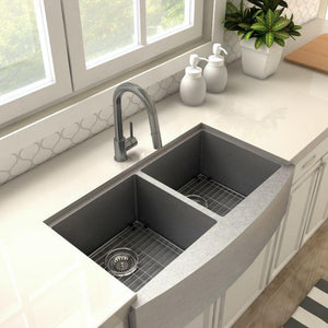 ZLINE Dante Kitchen Faucet in Black Stainless, DNT-KF-GM test