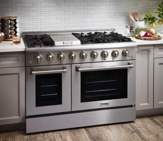 "Thor Kitchen 48"" Natural Gas Burner/Electric Oven 6.7 cu. ft. Range in Stainless Steel, HRD4803U"