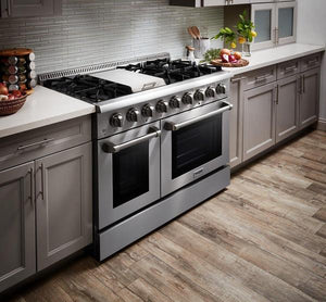 "Thor Kitchen 48"" 6.7 cu. ft. Professional Propane Gas Range in Stainless Steel, HRG4808ULP test"
