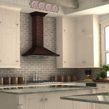 zline-copper-wall-mounted-range-hood-8kbf-kitchen_2_3
