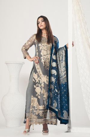 designer dresses for women, Designer dresses for wedding, pakistani designer clothes online