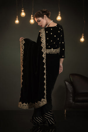 designer dresses for women, pakistani designer suits, pakistani designer clothes