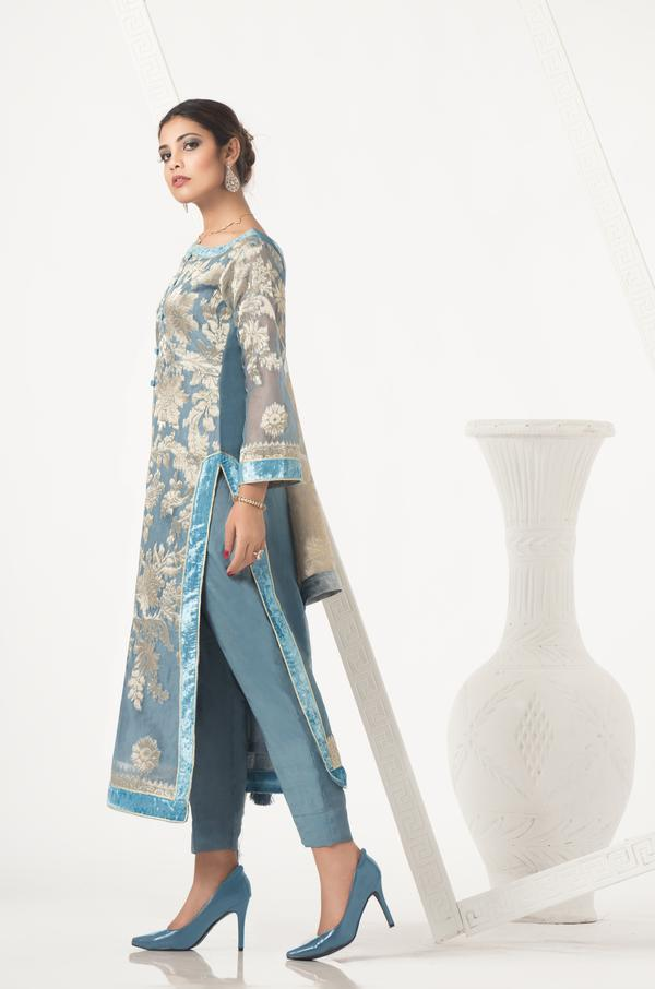 Embroidered Women Shirt, pakistani designer suits, casual dresses