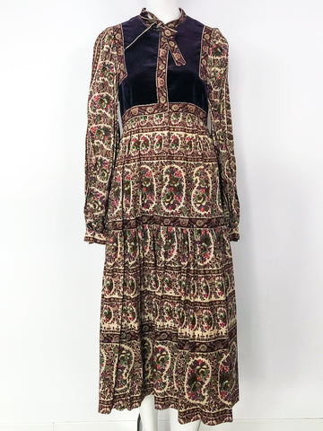 Victor Costa Needlepoint Printed Peasant Dress