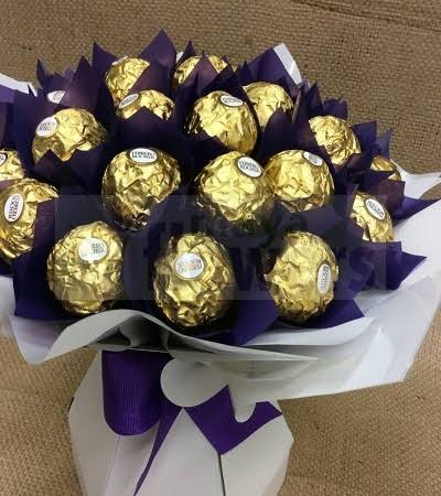 CHOCOLATE  BOUQUET FOR YOUR LOVED ONES -ET4001