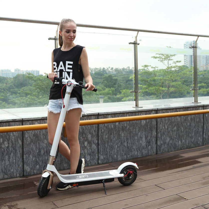 Yex Cruiser - White-Electric Scooter / Kickbike-escooter-elsparkcykel-jackstraithill.com