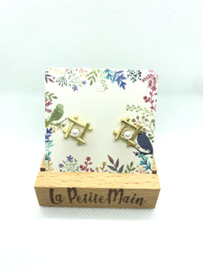Frosted gold Stud Earrings