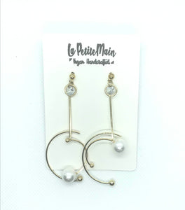 Dangle Gold Moon with Pearl Earrings