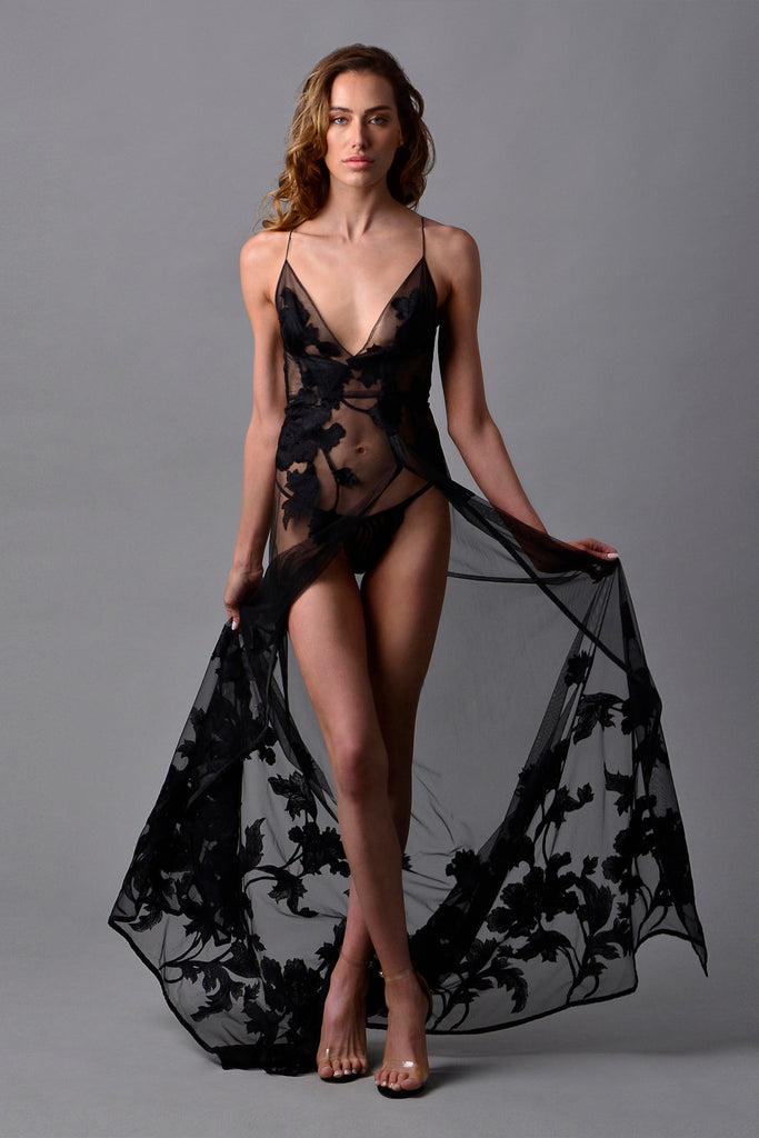 Flore Ethereal Gown Noir