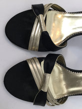 Load image into Gallery viewer, Nicole Miller 9 B Black & gold Sandals