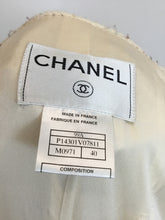 Load image into Gallery viewer, Chanel Size 40 Vintage Cream Tweed Skirt Suit