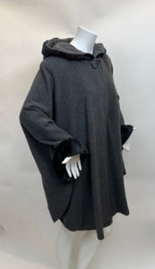 Vintage Wool with faux fur trim Cape