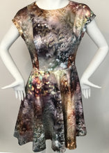 Load image into Gallery viewer, Ted Baker Size 2 Pink Print Dress