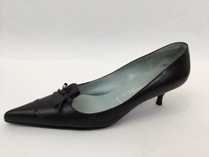 Sigerson Morrison Kitten Heel with Pointed Toe Size 9 B Dark Brown Pumps