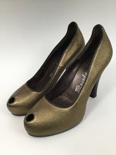 Load image into Gallery viewer, nanette lepore Peep Toe Size 40 Gold Pumps - New!