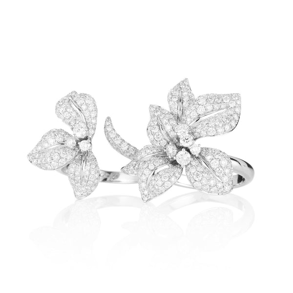 Fleur De Lis double ring in white gold from NOA fine jewellery