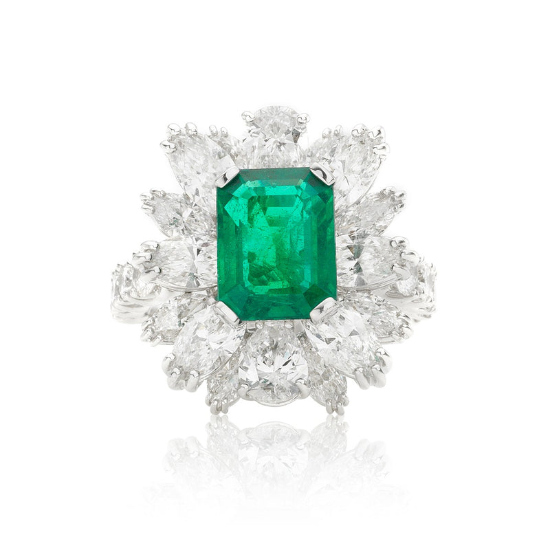 Emerald and diamond cluster ring from NOA Icons