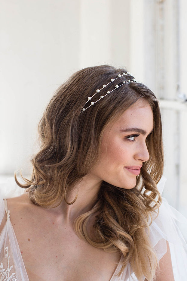 Our headbands are the perfect bridal hair accessories for your bridal hairstyle and add that touch of sparkle on your wedding day.