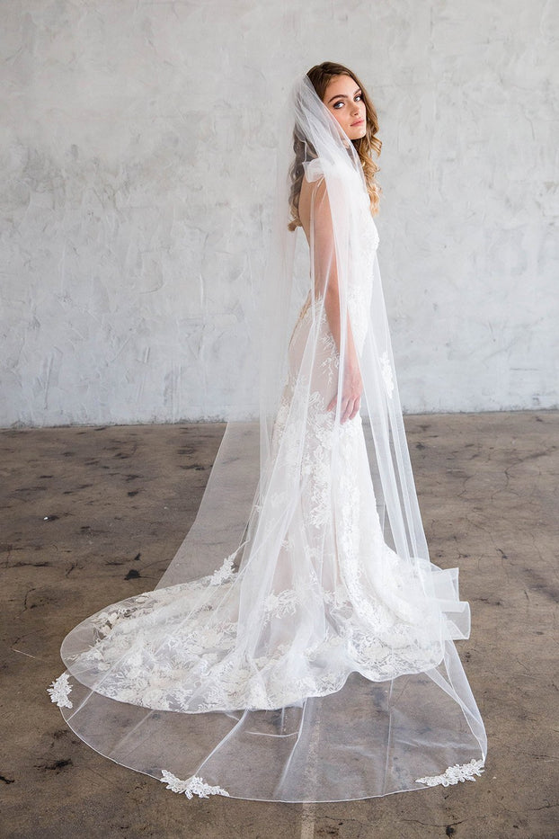CHANEL CHAPEL VEIL - WITH SCATTERED LACE EDGE