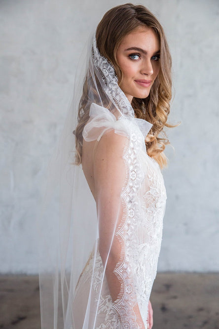 HENRI FLOOR LENGTH VEIL - SCALLOPED LACE EDGE