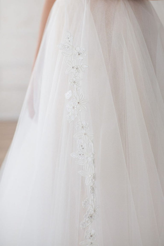 "KATERINA CATHEDRAL VEIL - LACE 45"" FROM COMB"