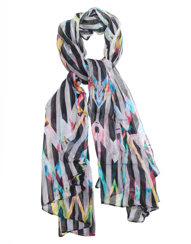 Scarf black and white stripes with flower designed by Liliana Duarte